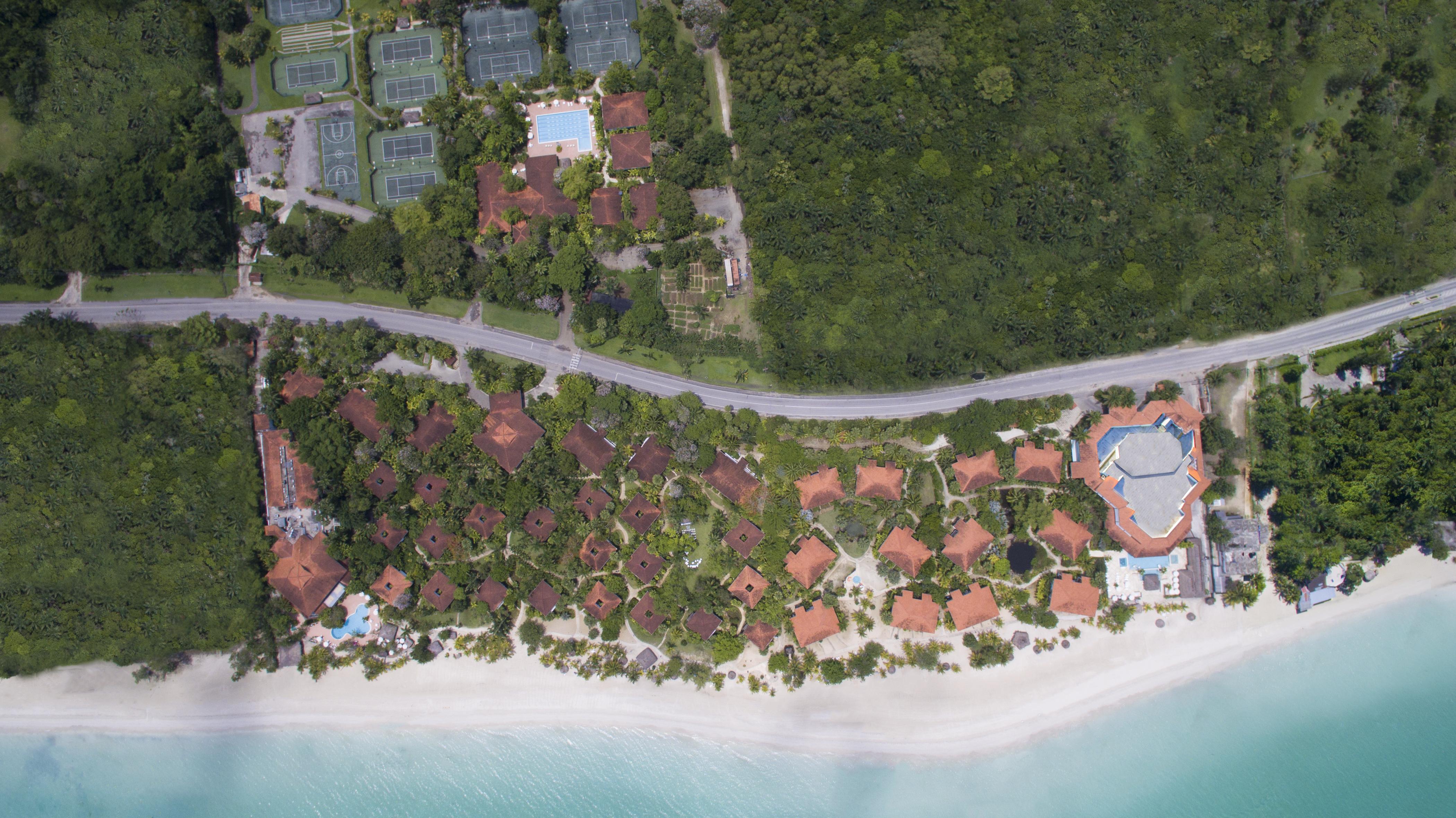 CR15-SweptAway-34-Areal Resort