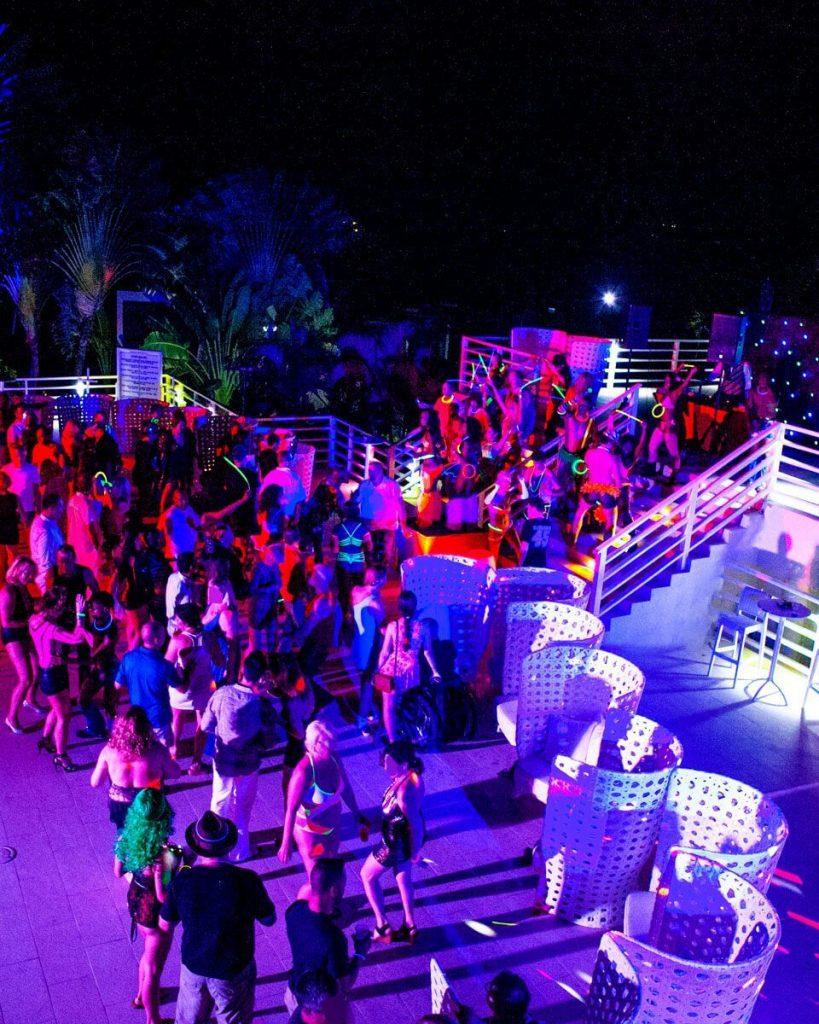 Hedonism II Resort | AMOUR Getaways